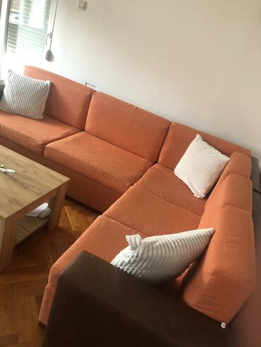 Kuća i bašta - Srbija: Ocuvana garnitura za sedenje bez ostecenja,moze se rasklopiti na