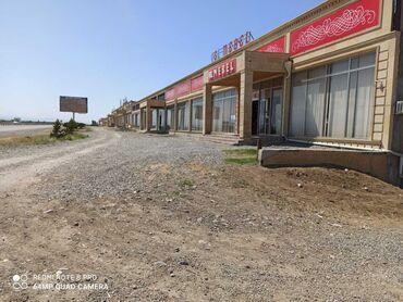 Mağazalar - Azərbaycan: Goran dördyolda Bakı-Gəncə avtomobil yolunun sağında mebel salonu