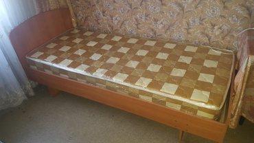 Кровать с новым матрацом в Лебединовка