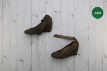 Женская обувь - Украина: Жіночі туфлі на танкетці BPC р. 37    Висота танкетки: 6 см  Стан дуже