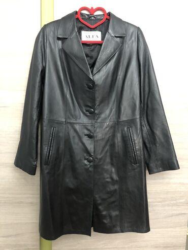Плащи - Кыргызстан: Как раз на весну! Продаётся кожаный плащ! В идеальном состоянии. Натур