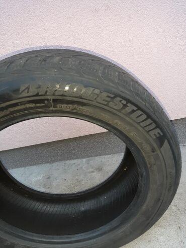 Odlicne gume BRIDGESTONE R 16 4 kom