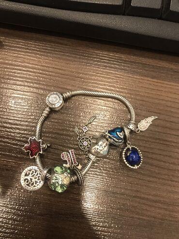 Браслеты - Б/у - Бишкек: Pandora original с 10 шармами серебро  Срочно продаю