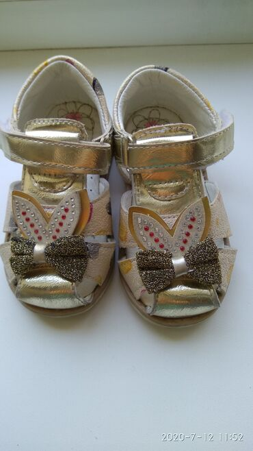Детская обувь в Шопоков: Сандали для девочки. Размер 21 примерно на 1-1,5 года. Состояние