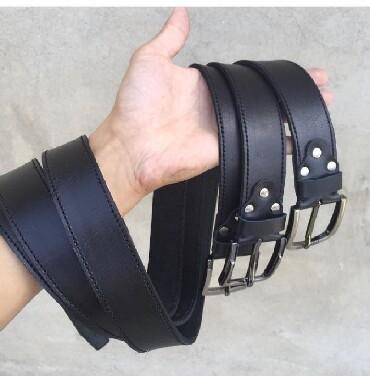 Другие аксессуары в Кыргызстан: Мужские кожаные ремни.при покупки двух или трёх ремней ключница в