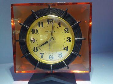 """Спорт и хобби - Кара-Балта: Часы """"Молния"""" механика РАБОЧИЕ! Высота - 12.5 см, ширина - 13 см Год -"""