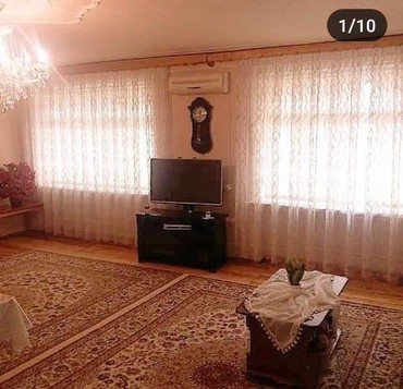 - Azərbaycan: Ev Gencede masin bazarinin yaninda 5 mertebeli binanin 3 - cu