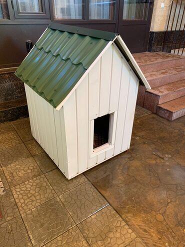 Продается большая теплая будка для собаки. Все стороны утеплены, плюс