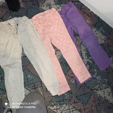 Barum barum - Srbija: Pantalone za devojčice 104 U odličnom stanju, kao na slici. Na rozim d
