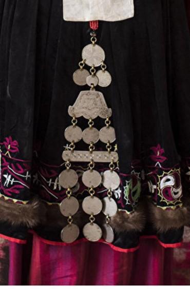 Украшения в Кызыл-Адыр: Куплю национальные кыргызские старинные украшения куплю бабушкины