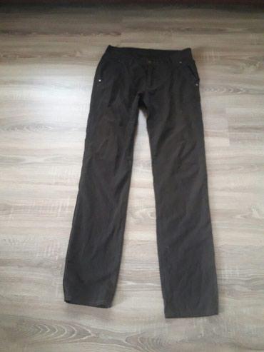 Muške pantalone u braon boji..Veličina 31..Koton 100%..Par puta nošene - Novi Pazar