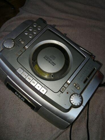 Audio | Srbija: Radio sa Cd i kasetom povelik ispravan. 1400 d. Neo