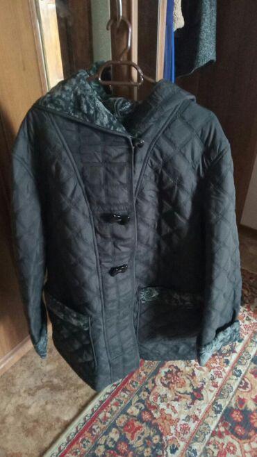 Стёганая женская куртка 56 размера состояние хорошее, осень-зима