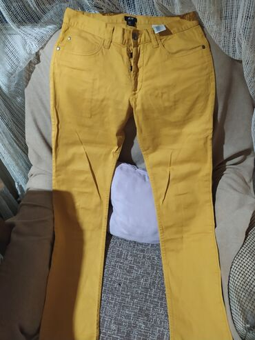Pantalone zute - Srbija: Senf zute pantalone. Velicina 29, M