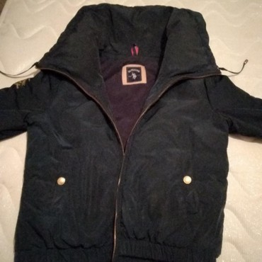 Куртки - Кыргызстан: 2 Куртки женские, 1-утепленная (зима ),44-46 р, фирмыPolo