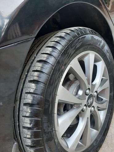 Hyundai - Azərbaycan: Hyundai Accent 1.4 l. 2012