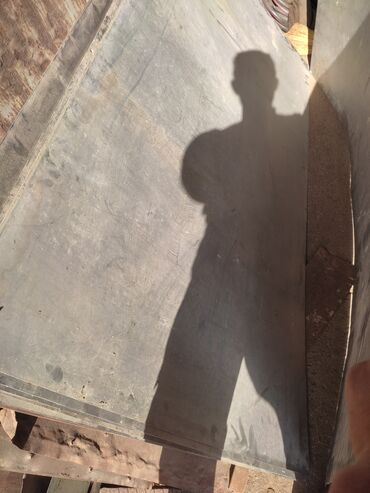 нержавейка бишкек in Кыргызстан | ГРУЗОВЫЕ ПЕРЕВОЗКИ: Нержавейка листы размер 2:1 13штук 1 мм