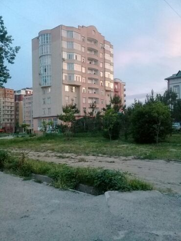 Недвижимость - Таджикистан: 2 комнаты, 40 кв. м