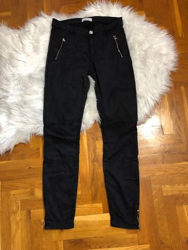 Zenske pantalo - Srbija: Zenske pantalone. ZARA. Velicina 38. NOVE