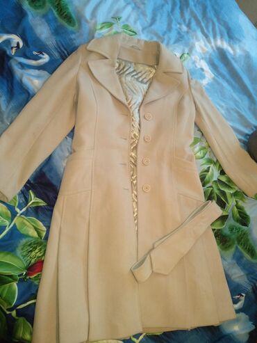 Продаю пальто одевала пару раз купила в Турции за