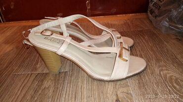 Женская обувь в Каракол: Басоножки летние размер38-39,состояние отличное,город-Каракол,цена