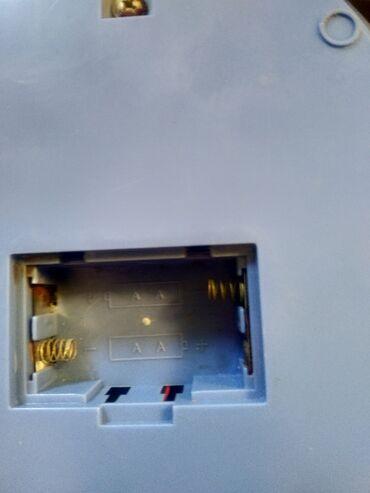 Весы кухонные работают от батарейка очень удобные для перемещения