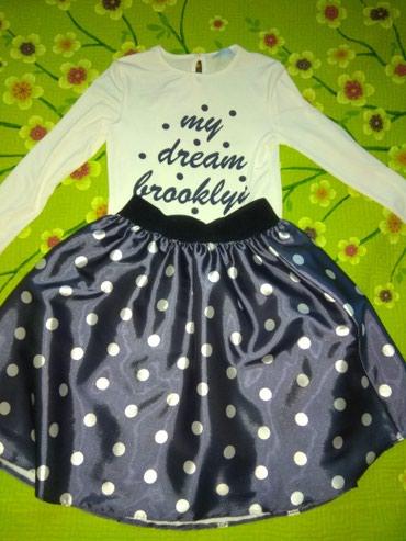 Продаю платья на девочку. Костюм в в Бишкек