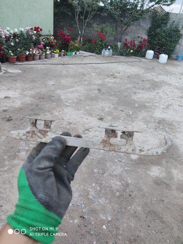 Коньки в Кыргызстан: Коньки хоккейные светские. 200 с