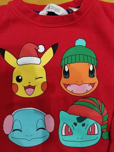 H&M, Pokemon. Deblja, novogodišnja dukserica. Vel 104Kao nova