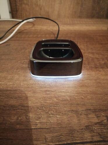 Nokia 8800 sirocco ucun podstavka ela veziyyetdedir ciziqsiz siniqsiz