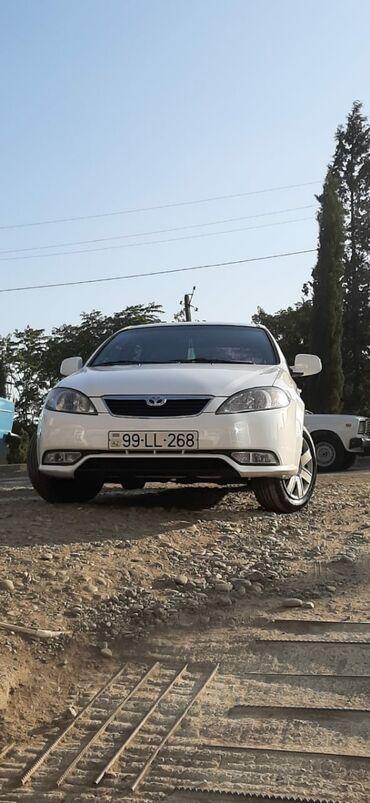 Daewoo - Azərbaycan: Daewoo Gentra 1.5 l. 2014 | 182000 km