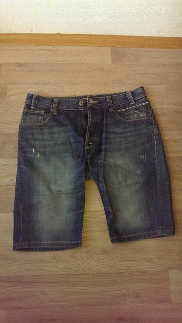 Muška odeća | Trstenik: Muski teksas sorts,broj 40.Polovan,u odlicnom stanju. Zakopcava se na