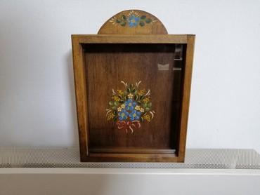Στεφανοθήκη ξύλινη, χειροποίητη από αγιογράφο, στιβαρή κατασκευή, με