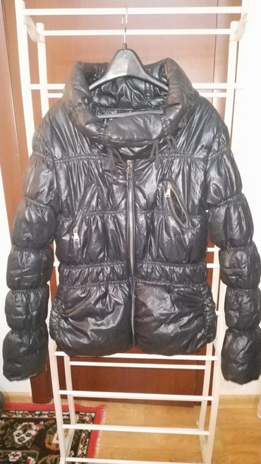 Деми Куртка,курточка размер S но в Бишкек