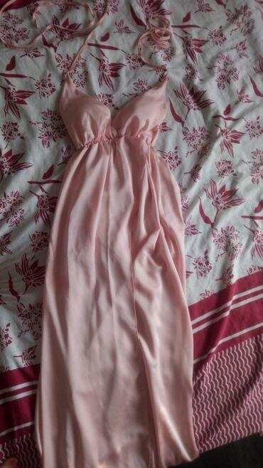 Duga haljina - Srbija: Duga haljinaBebi roze bojaBez oštećenjaCena 600 din.Šaljem