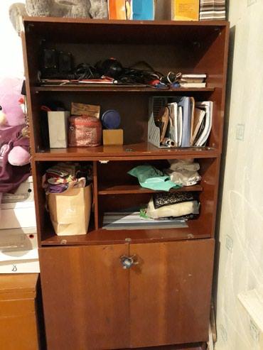 Продам  шкаф книжный 400 с. б/у.   в Бишкек