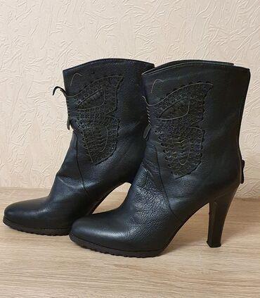Продаю женские кожаные полусапожки, осенние, 39го размера, в идеальном