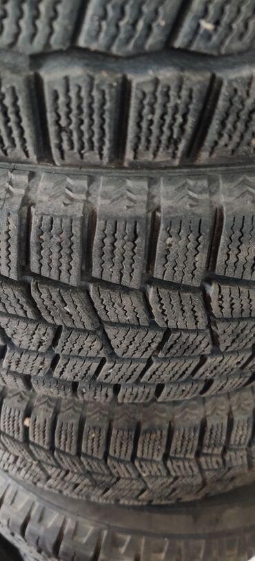 шина 22570r15c в Кыргызстан: Продаются шины зимние Maxxis Arctictrekker 185/65R15 производство