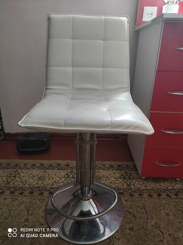 услуги визажа в Кыргызстан: Стул для визажистов бровистов и парикмахеров высата регулируется