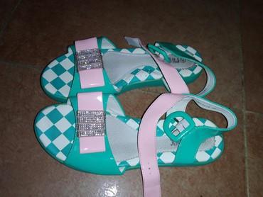 туфли зелёного цвета в Кыргызстан: Сандали 36 размера. Очень нежный цвет морской волны Одевали один раз