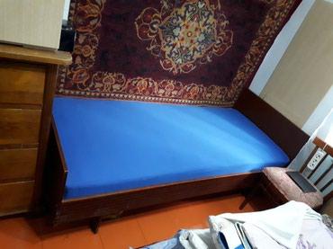 Кровать с матрацем 192/85 см в хорошем состоянии в Бишкек