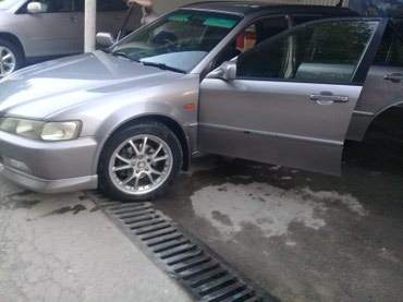 Honda Accord 2000 в Ноокат