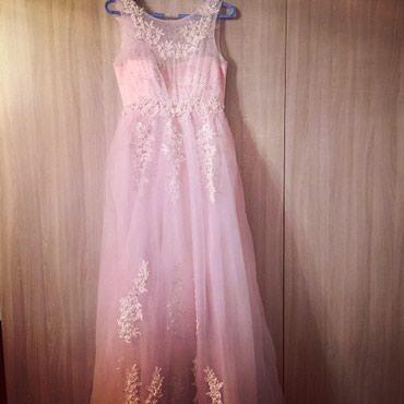 Очень срочно продается очень нежное платье размер 42-46 на корсете! в Бишкек