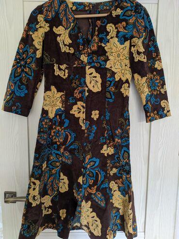 Продаю платье материал вельвет, 42 размер