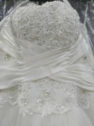 Срочно!!! продаю свадебное платье. размер 44-46-48. Одевалось один