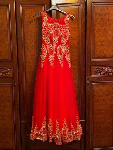 Вечернее платье идеальное состояние размер 42-44 одевала один раз