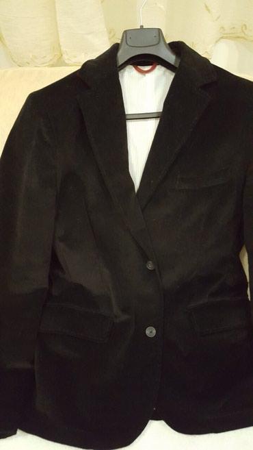 Prelep crni sako,L velicina nije ni jednom obucen,nov je - Novi Sad