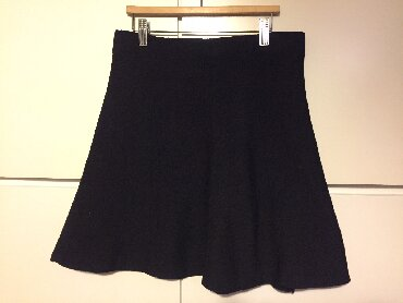 Zara - Ελλαδα: Zara mini black crep skirt. New . Never worn. Very nice fitting. Size