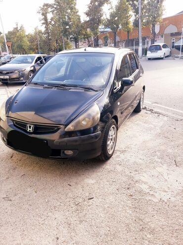 черная honda в Кыргызстан: Honda Jazz 1.3 л. 2002