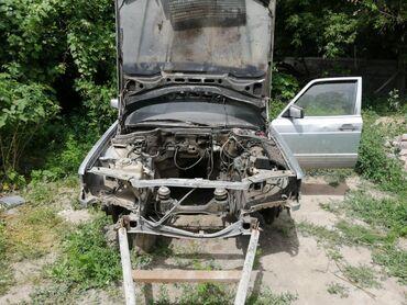 Продаю запчасти w126 w 126 по кузову оптика диски покрышки мерседес